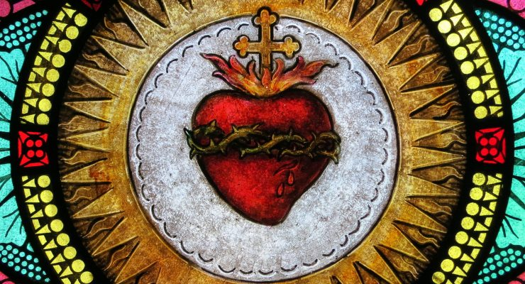 Find Refuge in the Sacred Heart of Jesus Through This 33-Day Consecration