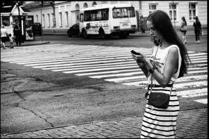 Hipster_girl_on_the_street